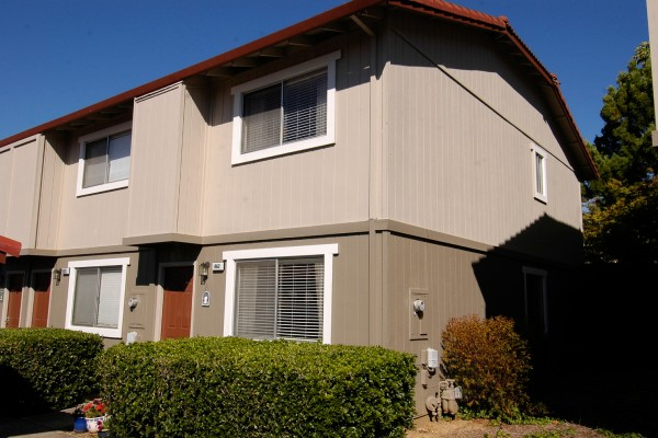 Pleasanton Townhouse | $235,000