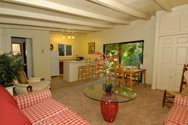 Alamo Estate Property w/ 2 Rental Units